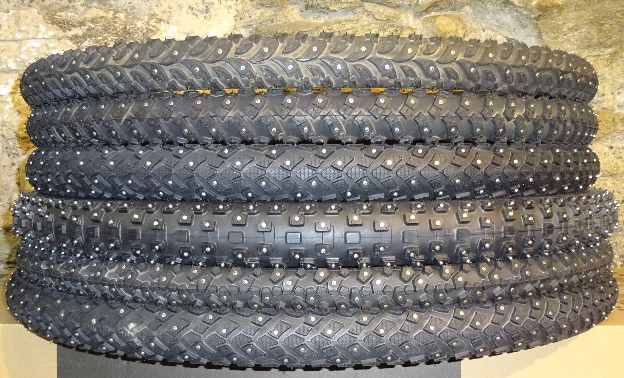 Spikes Reifen